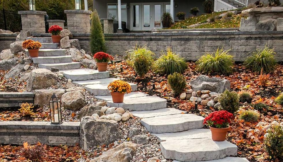 When You Need To Create Sy Attractive Walkways Across Lawn Areas Or Between Plantings Consider A Stone Path With Maya These Large Steps Come In